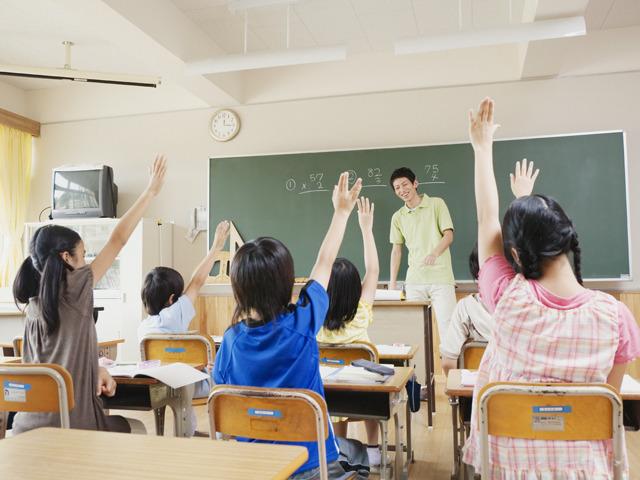 「小学生授業写真無料画像」の画像検索結果