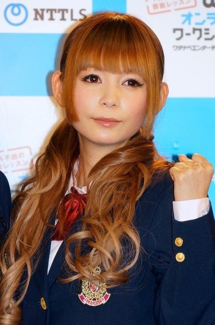 中川翔子さん 中川翔子さん 前の画像 次の画像  タレント養成eラーニング、イモトや中川翔子が制