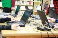 スキル×チームワーク、全国初公立小の「マイクラ授業」に児童が夢中 画像