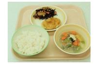 全国初、タニタが長岡市の小中学校87校の給食メニュー監修