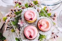春限定、マグノリアベーカリーの桜色カップケーキ 画像