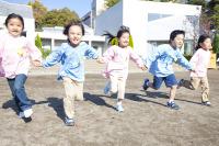 子どもの数1,605万人と過去最低…増加は東京のみ