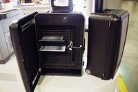 運べてチャージできるiPad専用トランク…16台収納可能な教育市場向け製品 画像