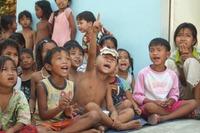 夏休み子どもボランティア、世界の子ども達に絵本を贈ろう  画像