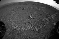 火星探査機が走行開始、移動システムも正常に作動 画像