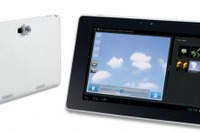 インテル、教育機関向けタブレット2機種発表 画像
