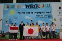 ジャカルタで開催の自律型ロボット競技世界大会、OIS・立命館中が銀メダル獲得 画像