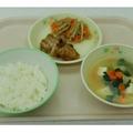 小学校向けメニュー「鶏肉のごまごま焼き給食」