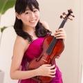 ゲスト ヴァイオリン 坪井 夏美(写真提供:リソー教育)