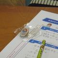 授業修了後、クラス全員にオリンピックのバッジが配られた