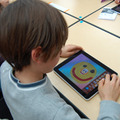 初めてiPadを使う子も多かったが、皆すぐに絵を描いていた