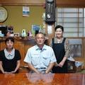 ホームスティ先の㈱遠藤石材代表 遠藤健司さんとご家族