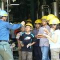 JX日鉱日石エネルギーでの職業体験の様子