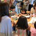21組の親子(42名)が5テーブルに分かれてディスカッション