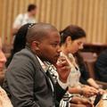 ヤン・エリアソン国連副事務総長の話を聞く参加者