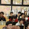 1クラス150名(定員)と大人数だが、PCを活用し、効果的な授業を展開
