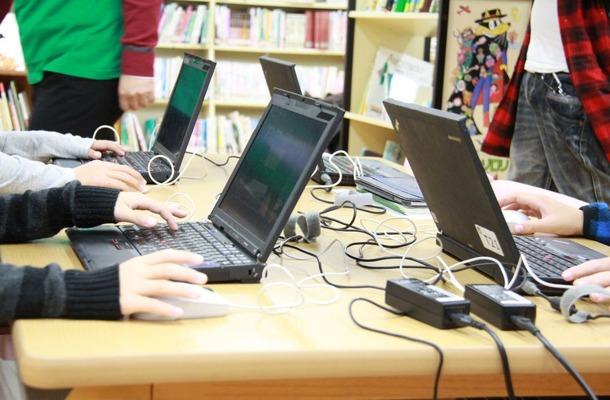 スキル×チームワーク、全国初公立小の「マイクラ授業」に児童が夢中