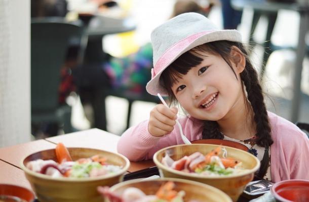 【子どものアレルギー4】身近な食材「にんにく」が下痢の原因に?(画像はイメージ)