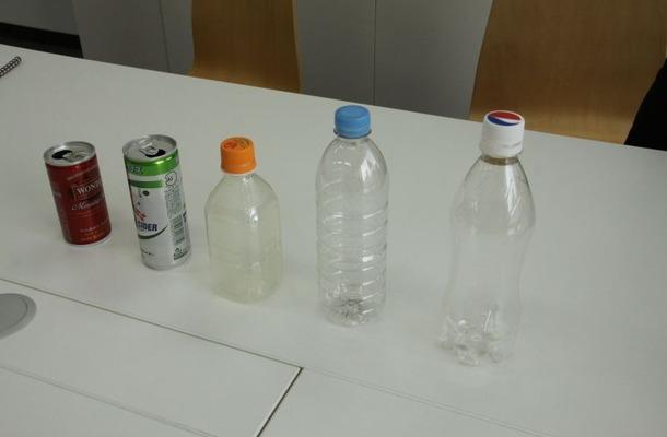 缶とペットボトルで「飲み物容器の科学」