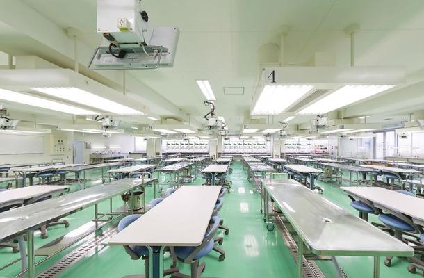 東邦大学医学部 解剖学実習室