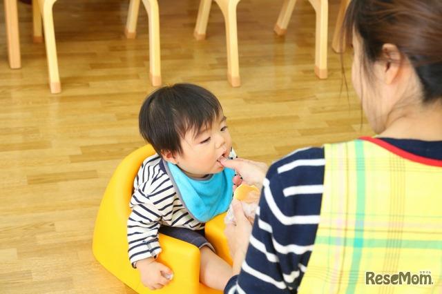 赤ちゃん用の椅子もあるので安心
