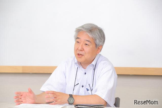郁文館夢学園・夢教育推進部部長の堀切一徳先生