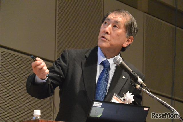 NEE2019の基調講演に登壇する田中愛治氏