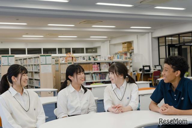 武蔵野大学附属千代田高等学院のようす