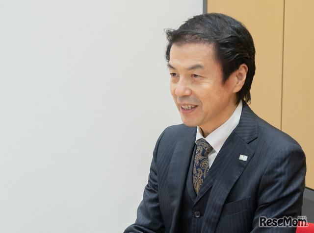 インタビューに応じるナガセ 広報部長の市村秀二氏